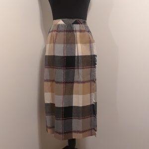 50% OFF BEAUTIFUL Vintage Plaid Wrap Skirt